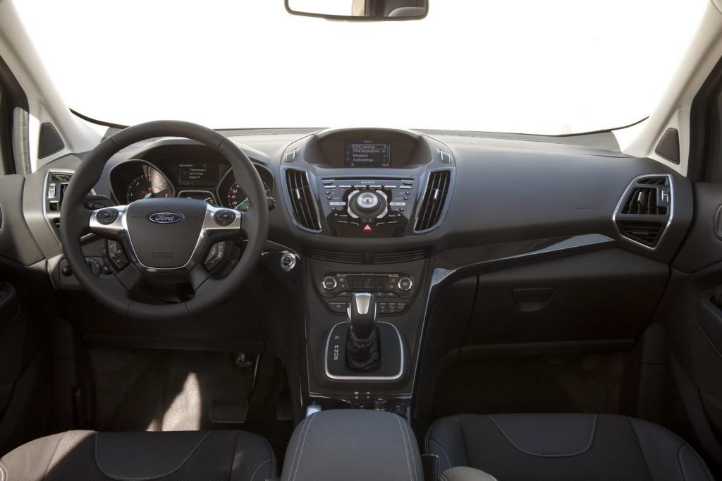 2012-Ford-Kuga-22[2]