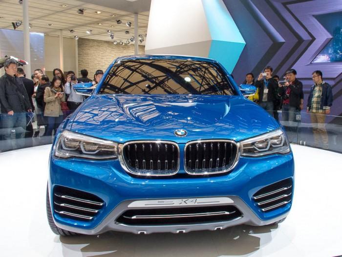 BMW-X4 на выставке