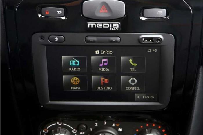 Мультимедийная система Renault Sandero Stepway 2014