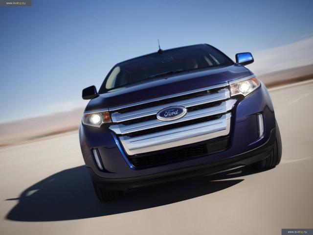 Ford Edge вид спереди