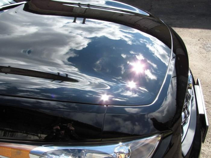 отполированный автомобиль