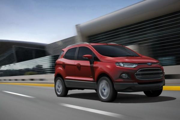 Ford EcoSport в движении