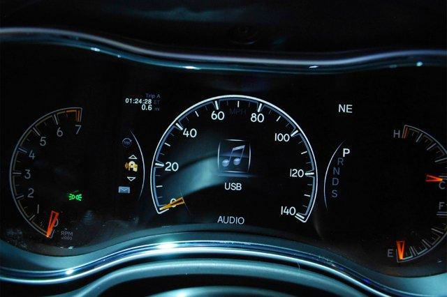консоль управления у jeep cherokee