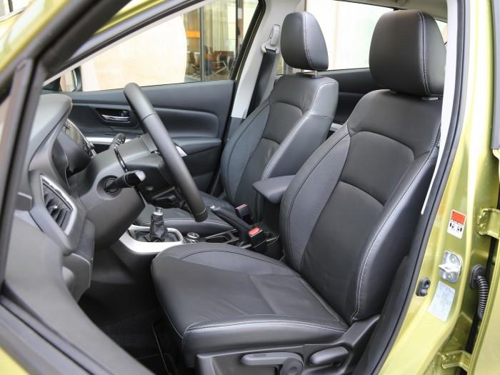 Салон Suzuki SX4 2014