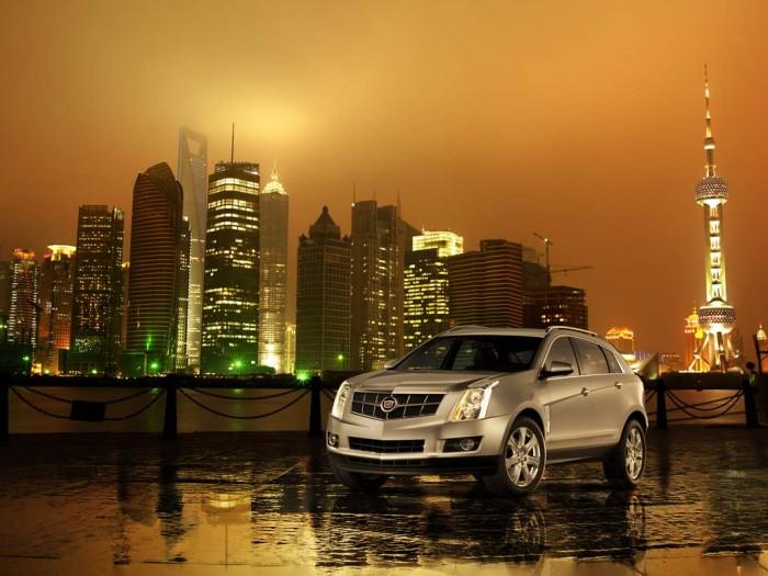 Кроссовер Cadillac SRX фото