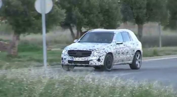 Тестирование кроссовера Mercedes GLC перед  будущей премьерой