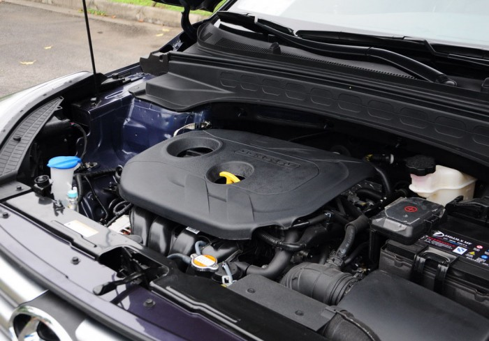 кроссовер оснащается бензиновыми двигателями