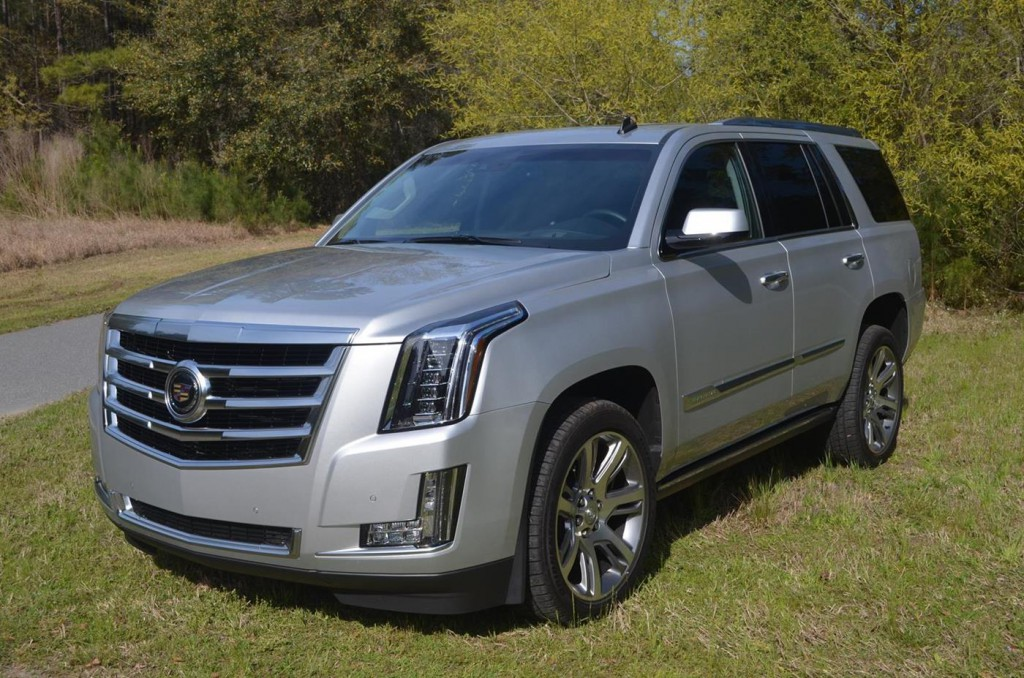 Cadillac Escalade во всей красе.